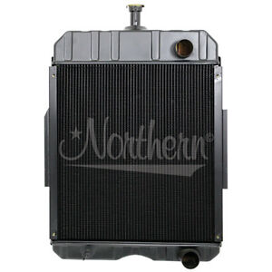 Northern 219596 Internatio nal Harvester Ih 666 706 756 686 Radiator 396352r91