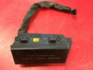 02 Jaguar S Type 3 0l Fuse Box In Trunk Next To Battery 87362