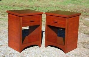 Vintage Pair Mahogany Nightstands End Tables 1 Drawer Bedroom Stands