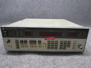 Hp Agilent Keysight 8656a 0 1 990mhz Synthesized Signal Generator tested