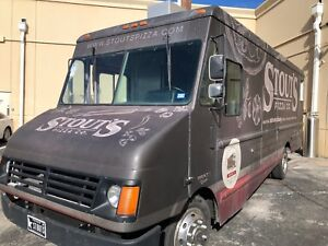 Pizza Food Truck Mobile Kitchen 1997 Freightliner