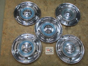 1958 Oldsmobile 88 Super 88 Holiday 14 Wheel Covers Hubcaps Lot Of 5