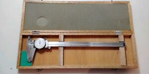 Mitutoyo 505 628 001 Dial Caliper With Case And Owner s Manual