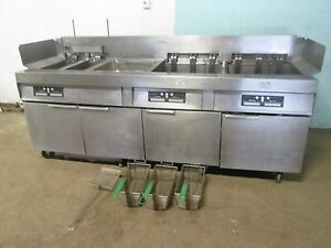 frymaster Hd Commercial 4 Banks Electric Fryers W auto Lift Filtration Unit