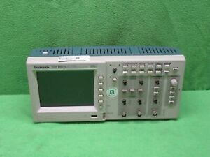 Tektronix Tds 1001b 2 channel Digital Storage Oscilloscope 40mhz 500ms s tested