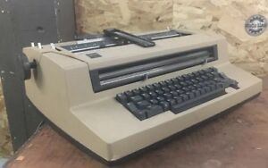 Vintage Ibm Correcting Selectric Iii Typewriter Very Good Condition