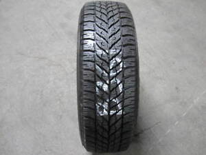 1 Goodyear Ultragrip Winter 215 65 16 215 65 16 215 65r16 Tire b361 8 9 32