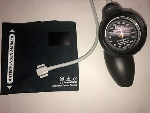 Tycos welch Allyn Super Shock Resistant Gauge Flexiport Adult Cuff Case ds58 11