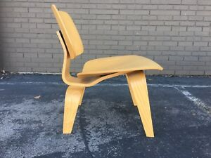 Lcw Molded Plywood Loungechair By Eames For Herman Miller