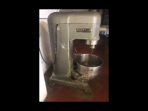 Hobart 80 Qt Dough Mixer With Bowl And 3 Attachments