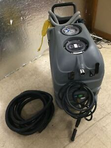 Tennant Nobles All Surface Cleaner Carpet Extractor Asc 15 Only 16 Hours Used