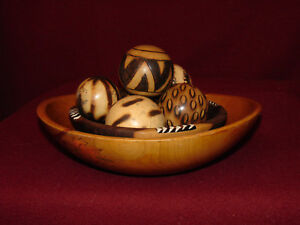 2 Bowls Wooden Ware Mixing Bowls Hand Painted Carved Gourds