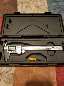 Mitutoyo 0 6 Ip67 Electronic Caliper Mint Condition