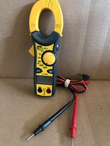Ideal 61 746 600 Amp Clamp pro Clamp Meter With True Rms W Leads