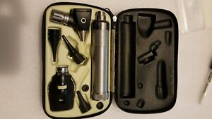 Welch Allyn 71050 Handle With 25026a 11610 Set