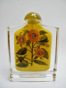 Chinese Reverse Painted Crystal Opium Snuff Bottle Agate Flower Floral Design