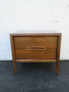 Mid Century Modern Nightstand End Side Table 8891