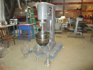 Hobart M 802 80 Qt Quart Mixer W Whip Paddle Hook Stainless Bowl