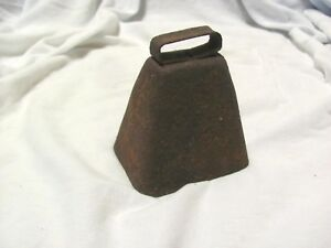 Antique Vintage Rusty Cow Bell Heavy Clapper 4