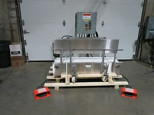 Stainless Steel Conveyor 13 X 60 Portable With Vibrators Settling Conveyor