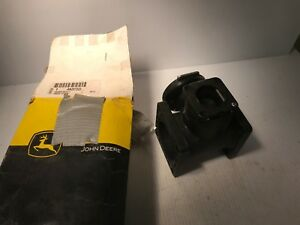 An207222 Genuine John Deere Valve 6700 Sprayer Replaces An207828