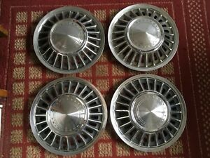 1967 1968 Ford T bird Set Of Four 15 Inch Oem Hubcaps