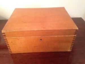 Wooden Hinged Dovetailed Box With Lock No Key 10 1 2 W X 8 D X 5 T
