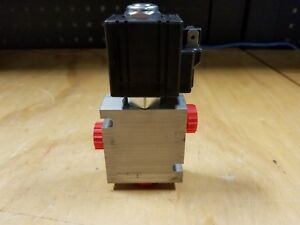 Genuine Parker S8lp Hydraulic Solenoid Valve W B083a6t Base New