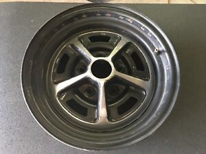 Factory Mopar Magnum 500 14 X 6 Wheel 5 On 4 1 2 Bolt With Trim Ring 2