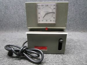 Lathem Mechanical Time Clock Model 2121 Rack able With Key And Punch Cards