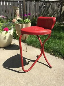 Vintage Metal Stool Chair Heart Shaped Seat Industrial Machine Age Steam Punk
