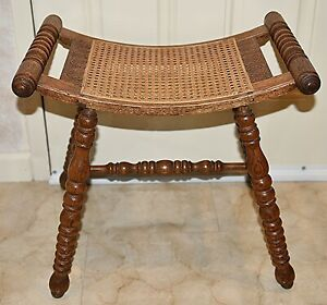 Vintage Antique Oak Stool Turn Of The Century Restored 40 Yrs Ago Beautiful