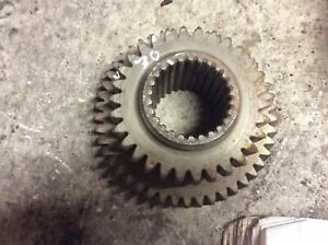 Ford New Holland Camshaft Gear C5nn7113j For 8 Speed Tractors For 2810 2910