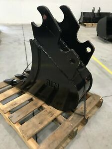 New 12 Heavy Duty Excavator Bucket For Kubota Kx057 with Coupler