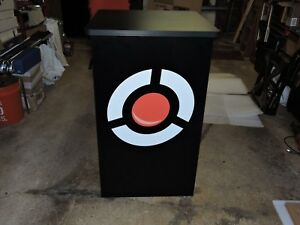 New Nomadic Kiosk Style Trade Show Display With Case 41 X 25 1 4 X 25 1 4