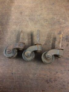 Set Of 3 Vintage Antique Wooden Castors 1 Wheel 1 3 16 Stem 35