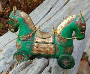 Handmade Antique Indian India Sculpture Trinket Box Jewelry Treasure Carved Wood