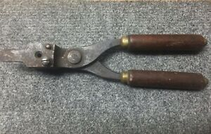Vintage Winchester Repeating Arms Co. .32 S&W Bullet Mould for Casting Reloading