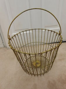 Antique Vintage Shabby Egg Gathering Wire Basket Yellow Mustard