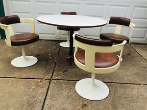 Dinette Set 4 Swivel Chairs W Table Mod 1970s Daystrom Tulip Base Fiberglass