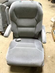 05 06 07 Honda Odyssey Rear 2nd Second Row Left Seat Oem S