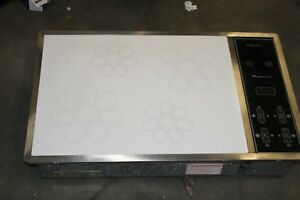 Vintage Chambers Electric Cooktop Stove Magnawave White Black Model Mic 36