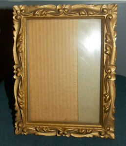 Lovely Ornate Vintage Gold Wood Composite Picture Frame 5 X 7