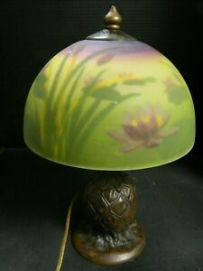 Vintage Hand Painted Reverse Painted Water Lily Cattails Table Lamp Bronzed Base