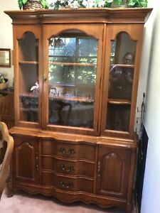 Vtg Mid Century Bassett Fruitwood Hutch Dovetail Drawers Cupboards Club Footed