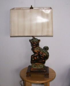 Antique Frederick Cooper Cast Bronze Foo Dog Lamp Ming Style Mahogany Base Shade