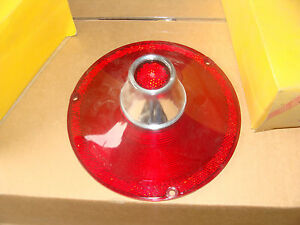 A Pair Of 1961 Ford Tail Lights No Back Up I 4 732