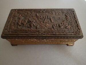 Vtg Metal High Relief Repousse Copper Brass Color Design Lidded Box