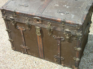 Antique Vintage Trunk Leather Stagecoach Camelback