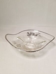 Flanders Poppy Glass Divided Nut Candy Trinket Dish Vintage Silver Overlay